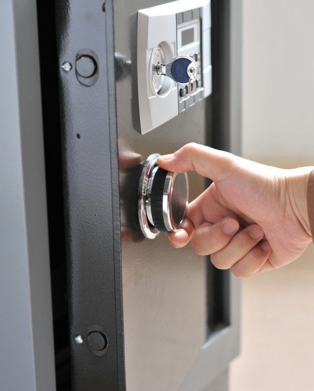 how-to-buy-home-safe